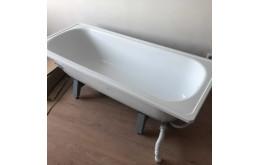 Металлическая ванна из стали